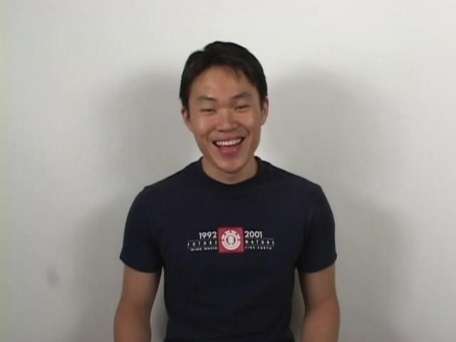 Les beaux Asiatiques gays