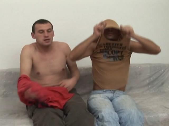 ce rebeu offre son fion au premier venu 01 - Couple gay chaud